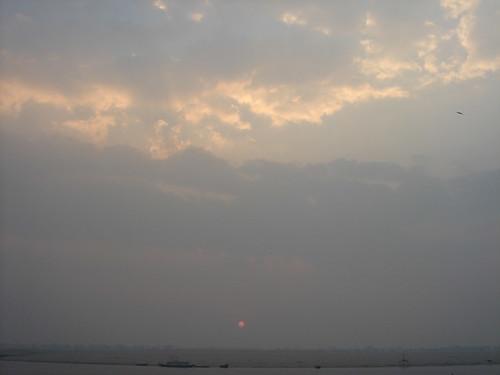 Ganges River1-50日出的恆河天空