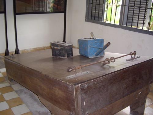 cambodiawaterboard01