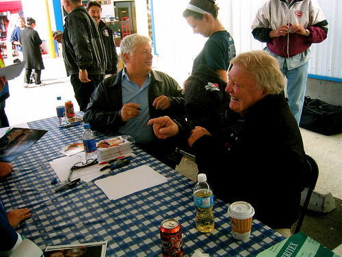 Richard Brodeur and Bobby Hull chat with fans