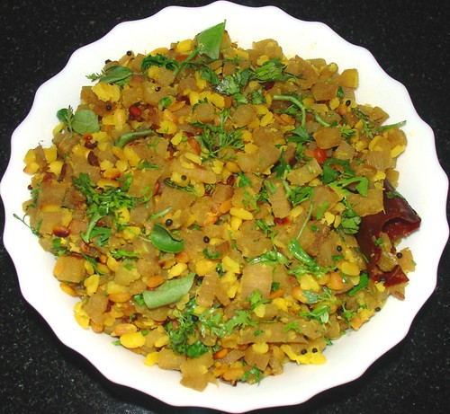 vaazhaiththandu curry