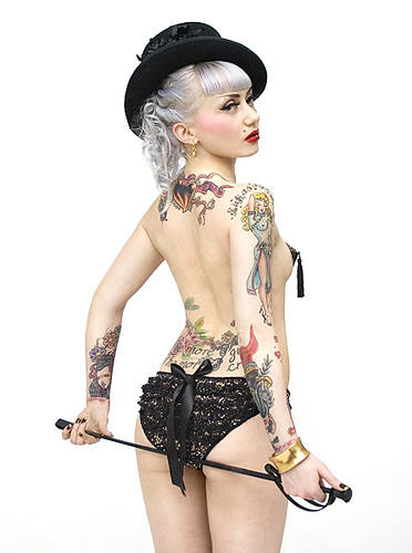 Blonde's tattoos 01
