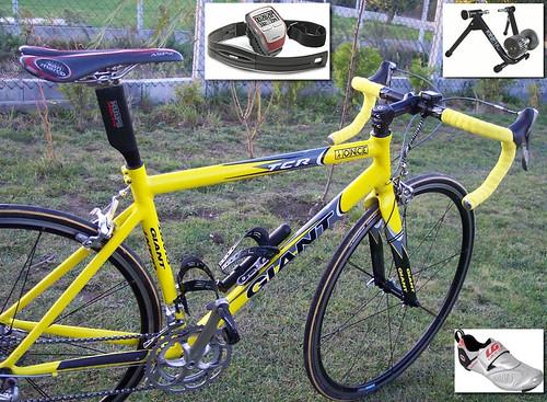 Bicicleta Giant y resto de objetos adquiridos para la práctica de la triatlon