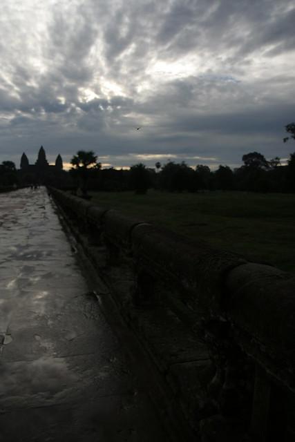 Lejano Angkor Wat