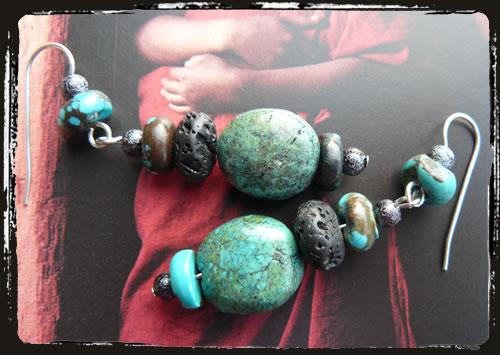 Orecchini turchese e pietra lavica - Turquoise and lava rock earrings MEHDTLT