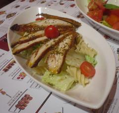 [吃] 酷食多西珧??餐坊 (01)_帕斯碳烤雞肉沙拉
