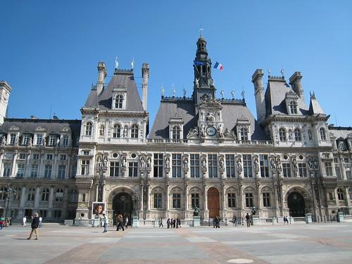 Hotel de Ville du premier.