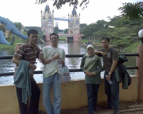 Dermaga Kota Wisata