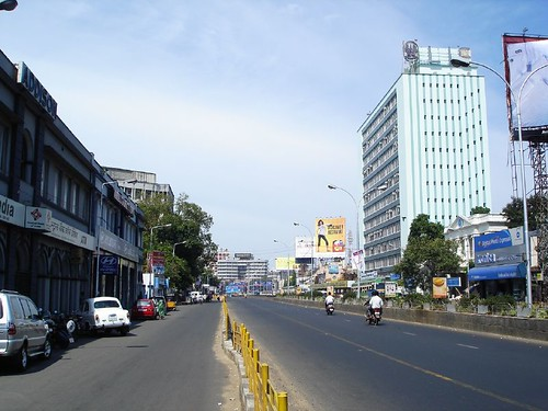LIC building on anna salai, once the tallest in chennai