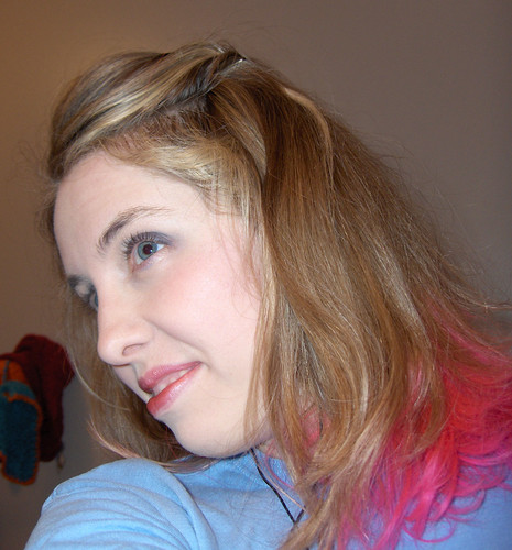 Katie with hot pink hair