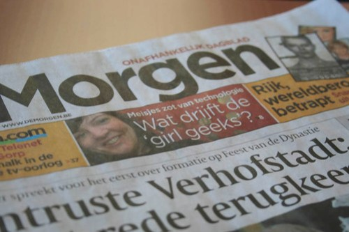 Geek Girl in de krant