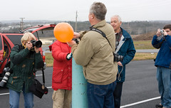 "IMG_1376: Pete/KG4OJT fills a test balloon • <a style=""font-size:0.8em;"" href=""http://www.flickr.com/photos/54494252@N00/2131427898/"" target=""_blank"">View on Flickr</a>"