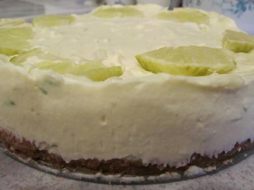 Kit Kat crunch cheesecake