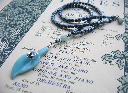 Rain necklace
