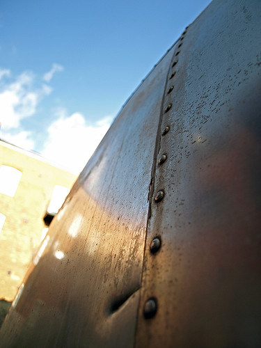there's rivets...