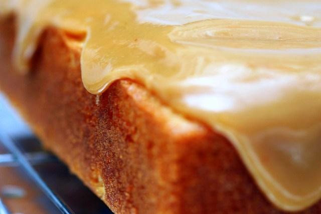 caramel cake