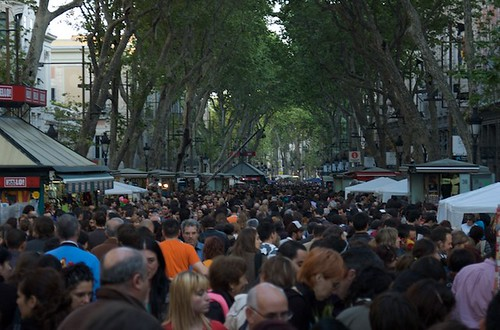 Detalle de las ramblas en pleno día de Sant Jordi