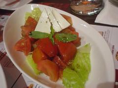 [吃] 酷食多西珧??餐坊 (02)_塔哥納茄欖乳酪沙拉