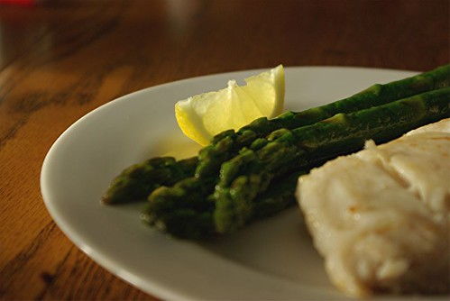 halibut and asparagus with lemon