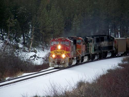 BNSF 8279 train