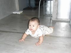 Joshua & the floor - RIMG0140