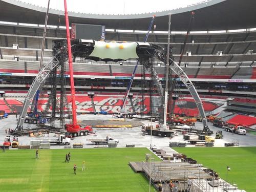 U2 360 Tour Mexico estadio azteca: La Garra I