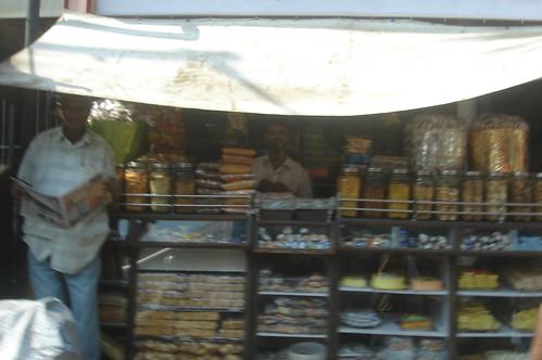 賣零食雜貨店1-1