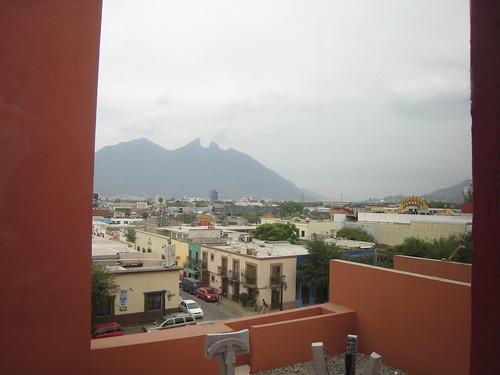 Visiting the Museo de Artes Contemporaneo de Monterrey - view of Saddle Mountain