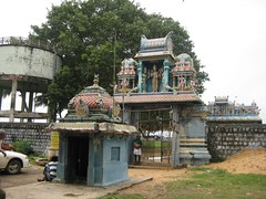 Vel Temple in front of the Perumpedu Temple