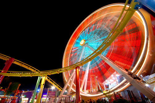 Santa Monica Ferris Wheel, taken by my hovercraft is full of eels on Flickr