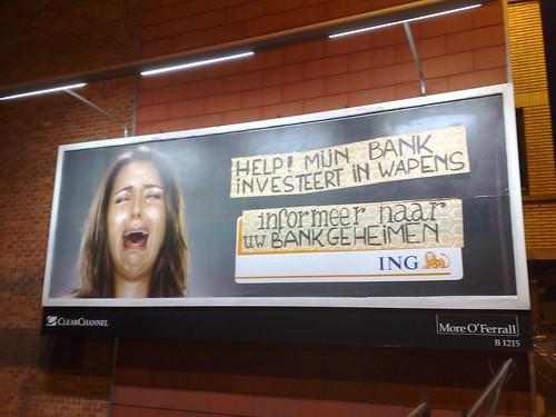guerilla campagne tegen banken met onethische investeringen