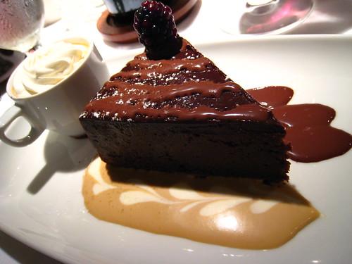 Pascal Restaurant: Flourless chocolate cake
