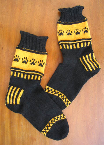 * Go Team Go socks - I love these Wildcat socks!  :D