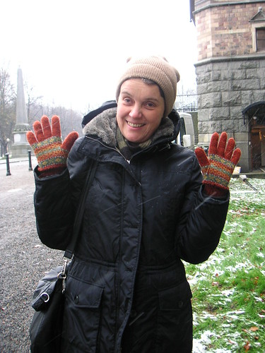 anna and the gloves
