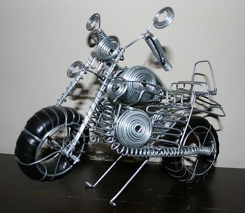 Motocicleta de alambre