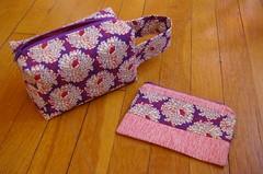 Box bag & zip pouch set