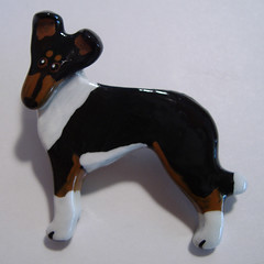 Polymer clay pin of a tricolor smooth collie in profile by Dreameyce Studio/Emily Godlevsky