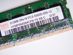Apple Ram 512Mb - all coroded? by david.nikonvscanon, on Flickr