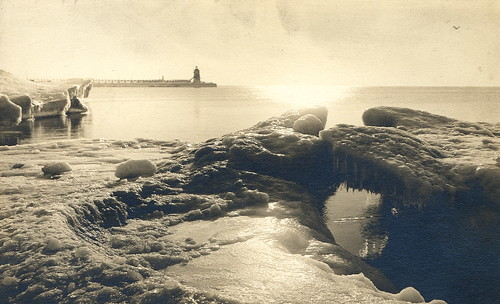 Benzie Vintage Winter Frankfort Beach Card looking South to the pod Pier and Lighthouse