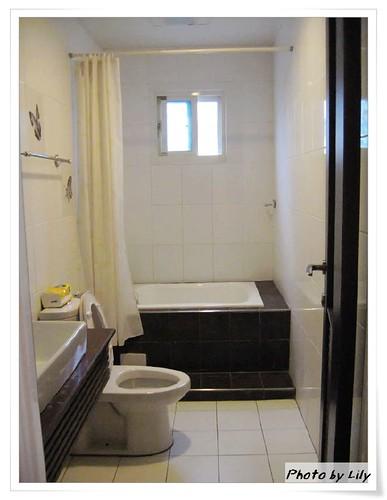 衛浴設備。