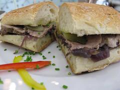 roastbeef sandwich