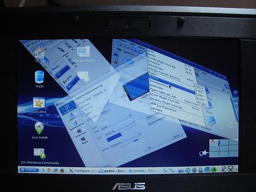 Mandriva One on Eee PC!!!