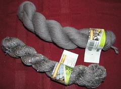 Yin and Yang yarn