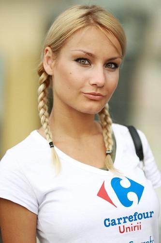 ermmmmm blonde