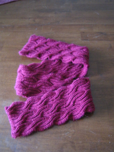 Reversible knitting patterns for scarves