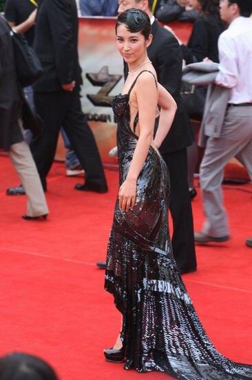 Li Bingbing in Atelier Versace