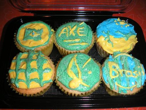 Capoeira cupcakes!
