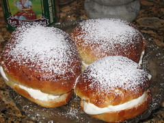 Fastlagsbullar (Swedish Lent cream buns) made in Puerto Rico