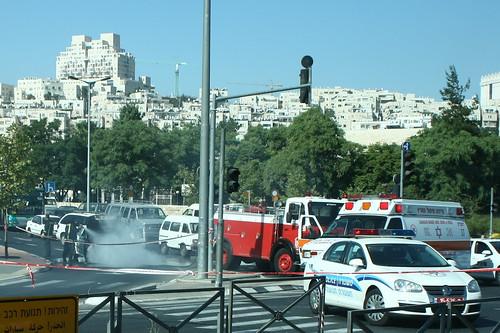 Torched taxi, Golda Meir Blvd, Jerualem