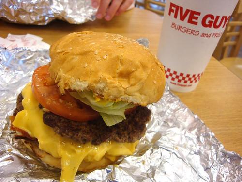 Mmmm, burgernomz.