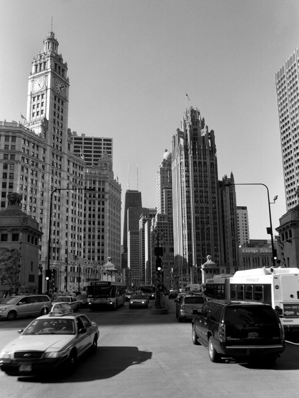 CHI_Michigan&Wacker_North001